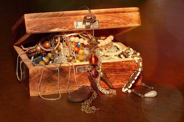 le platine et autres bijoux de valeur