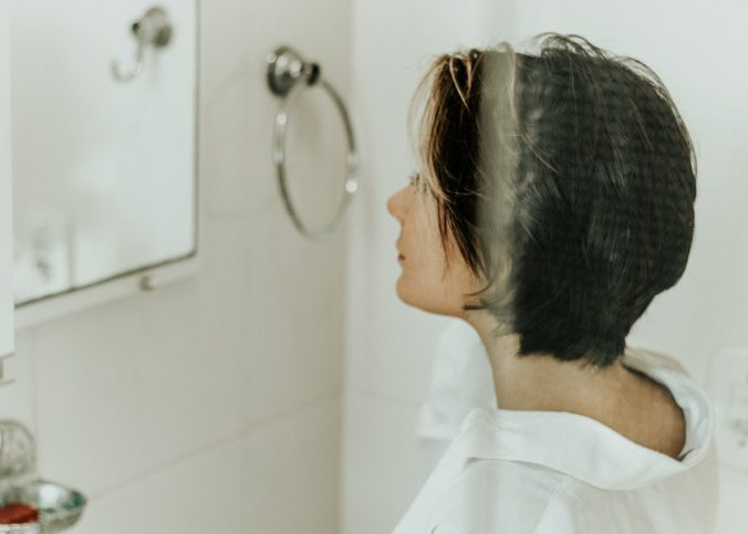 bath-bathroom-blur-2225905